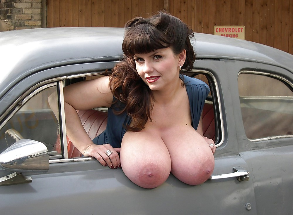 Tits on car — img 7