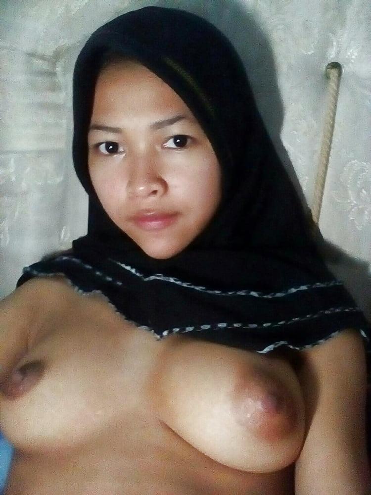 Malay Amateur Girls Naked