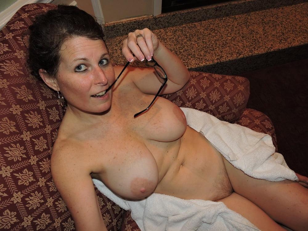 big dildo anal amateur