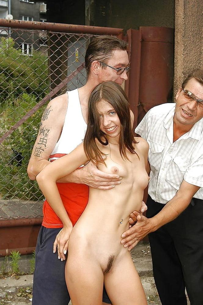 Секс голые девушки на публике