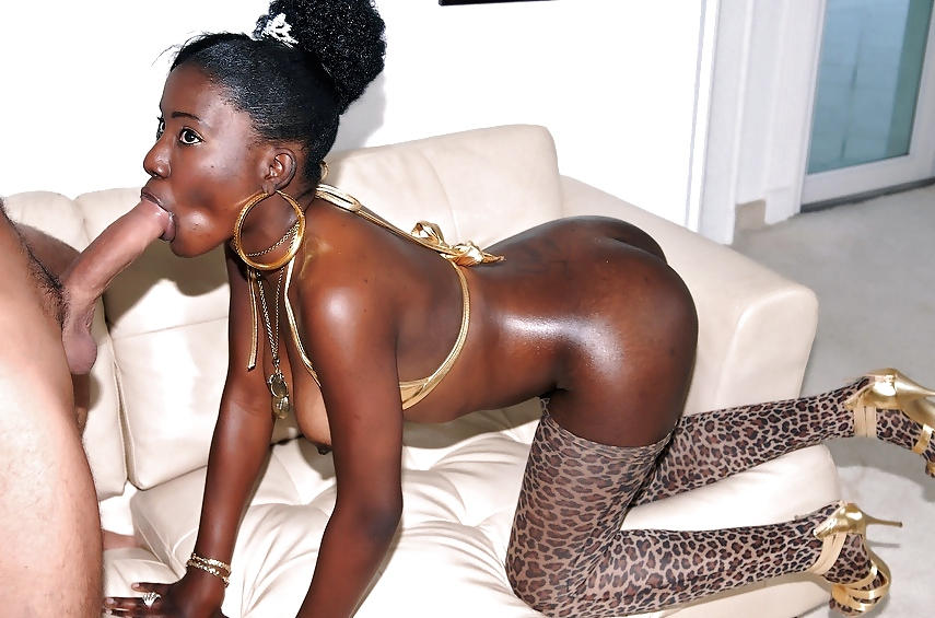 Hot ebony slut loves sex chat with horny guys