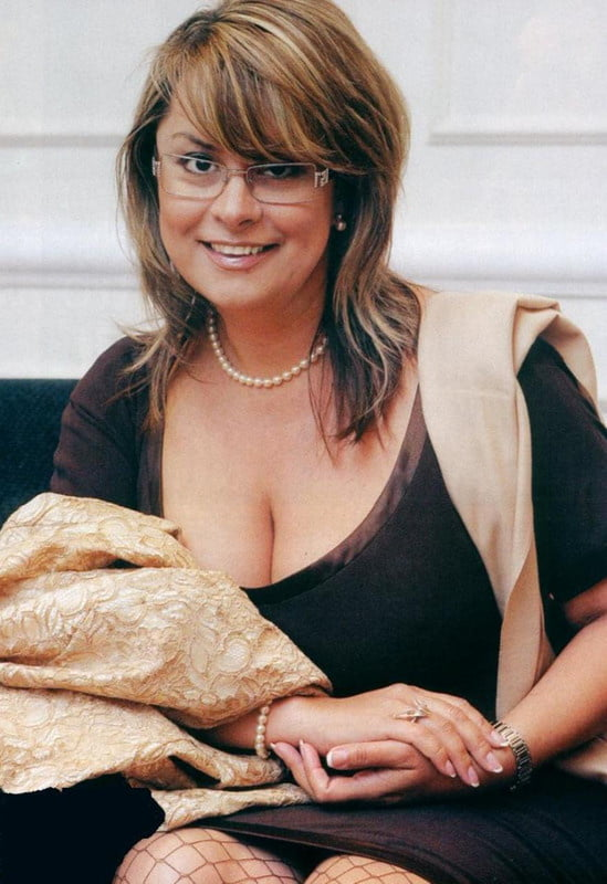 Andrea Szulak (Hungarian Big Tits MILF Celebrity) - 34 Pics
