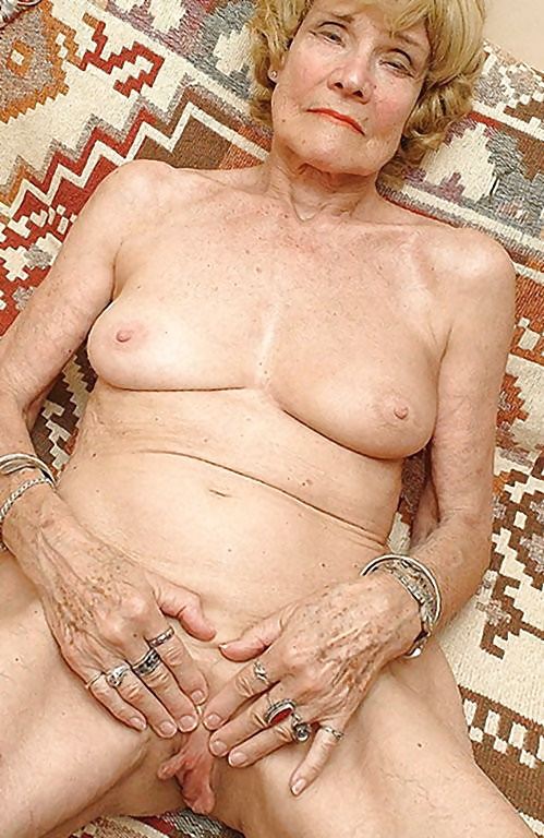 Granny Shows You Can Be Old But Still Look Sexy - 59 Pics -1945