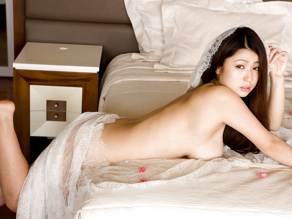 Japanese supermodel nude — 1