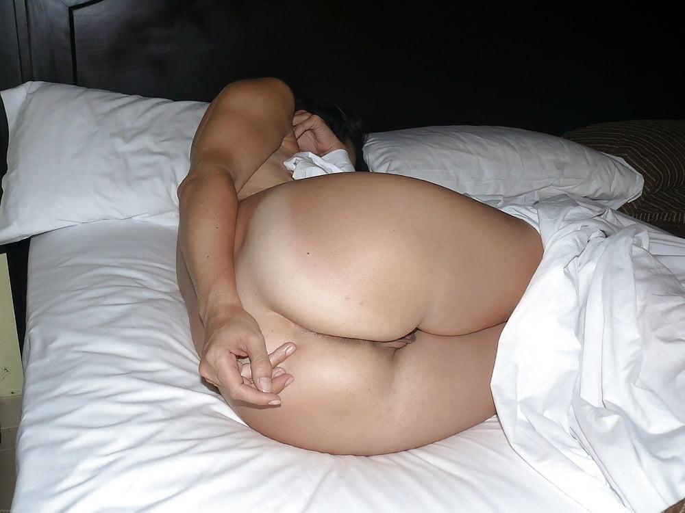 Sleeping ass nude — pic 6