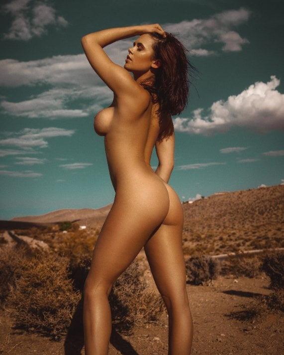 Danielle Harris Nude Celeb Pics