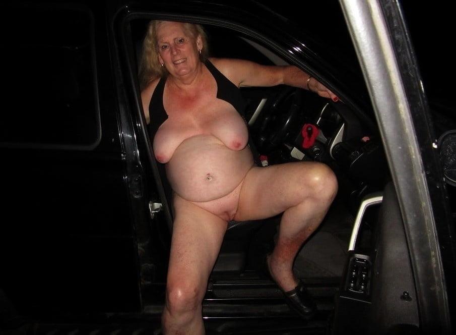 Horny older women near me-6594