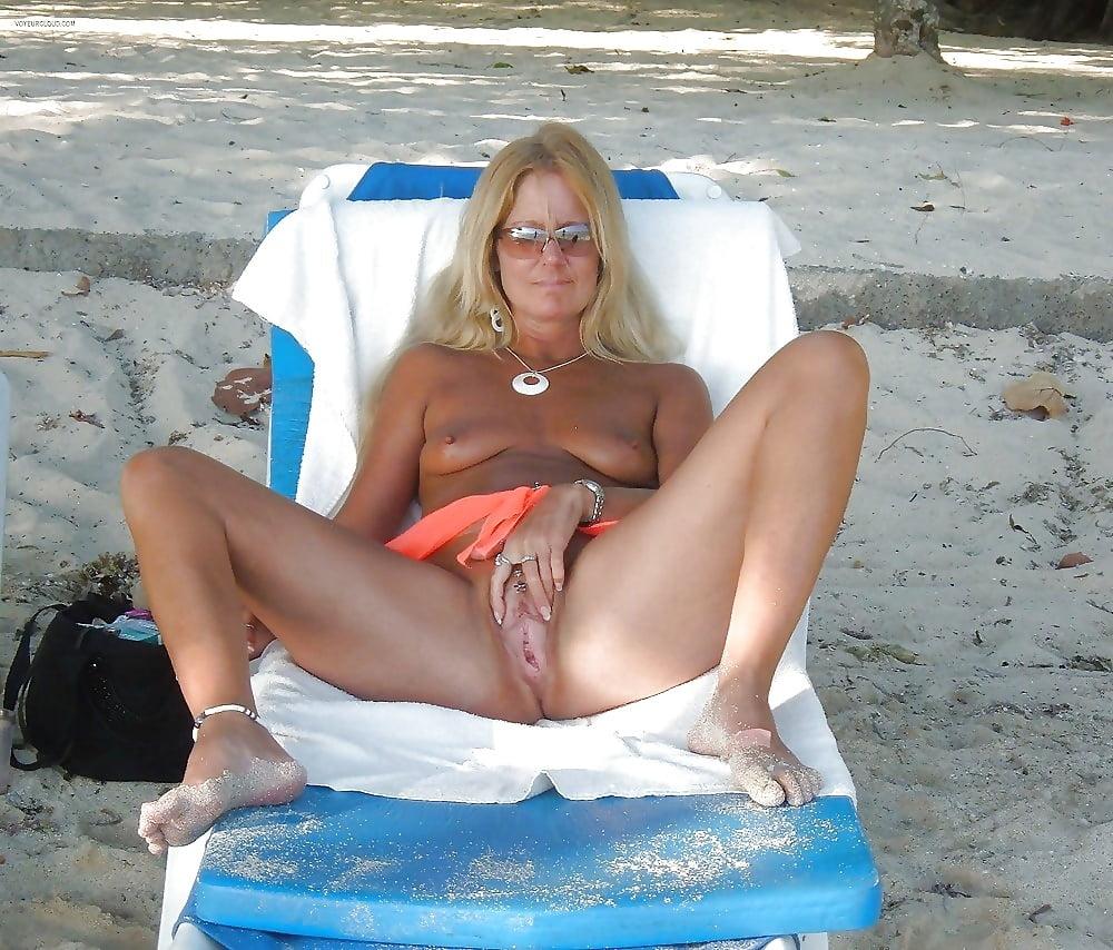 Hot horny naked wives-7870