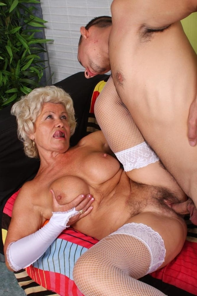 grandmother-sex-tube