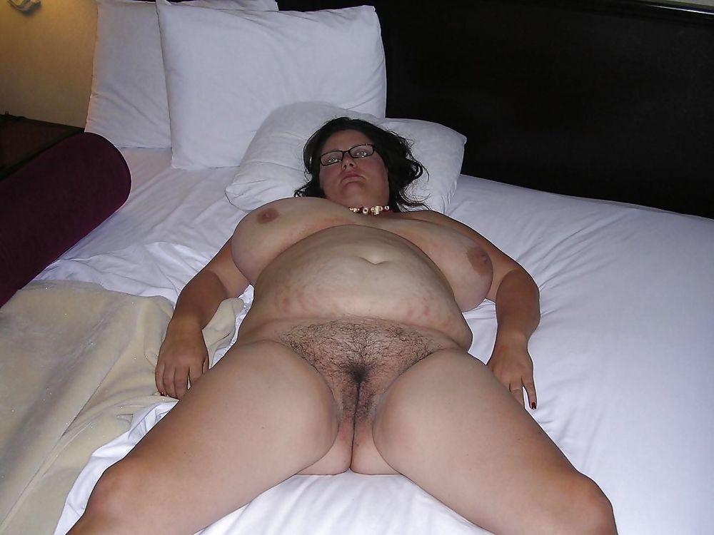 hairy-fat-amateur-wet-tittie-licking-lesbian-porn