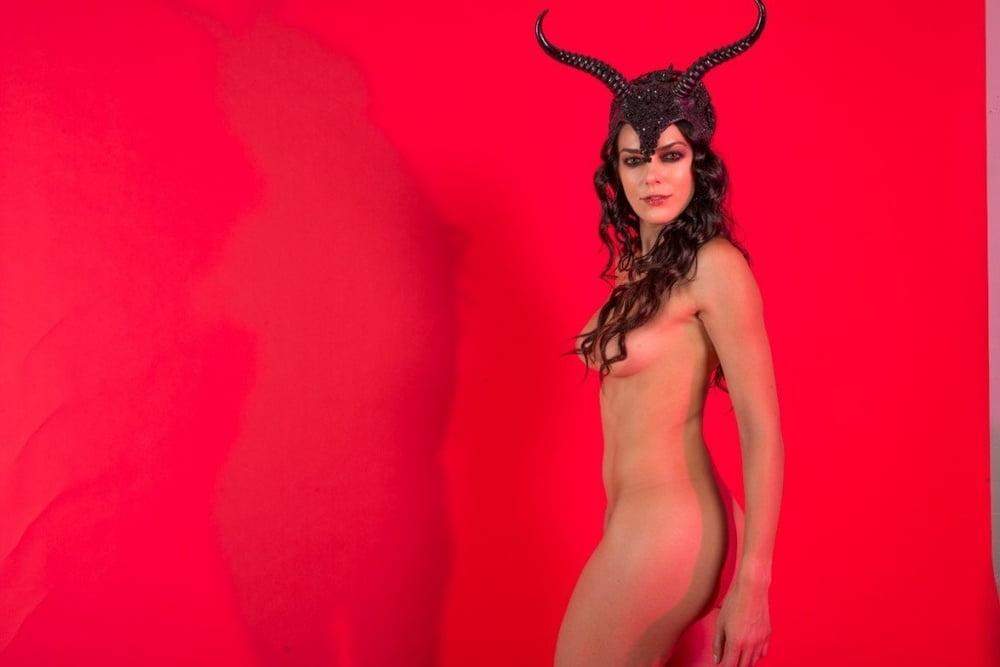 Nvidia Adrianne Nude Patch Nudes Photos