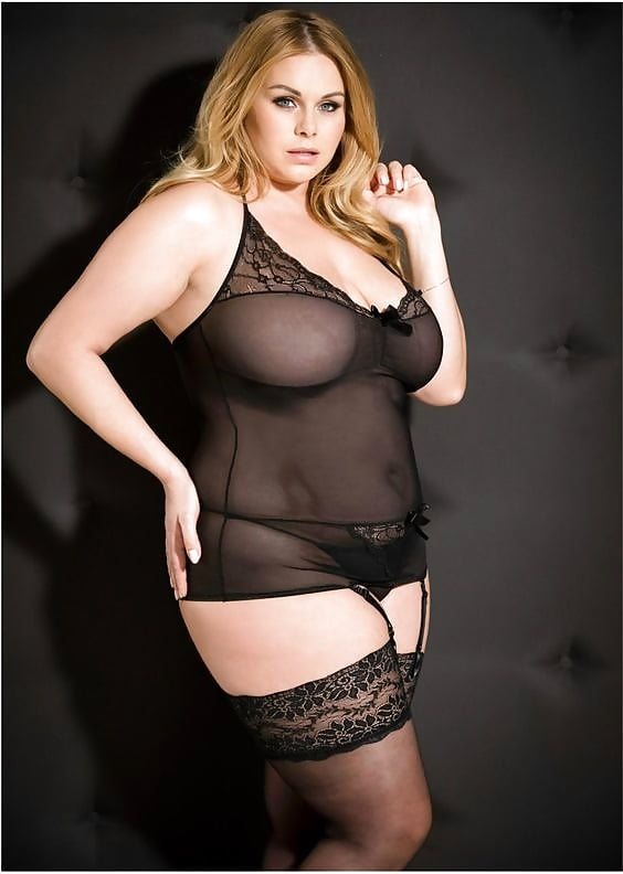 plus-size-sexy-lingerie-essex-and-piss