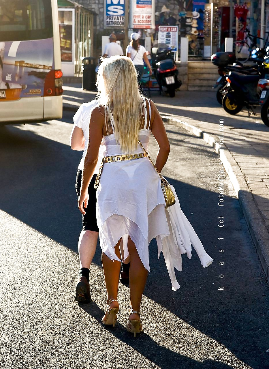 Fresh grabbed photos of women on the street