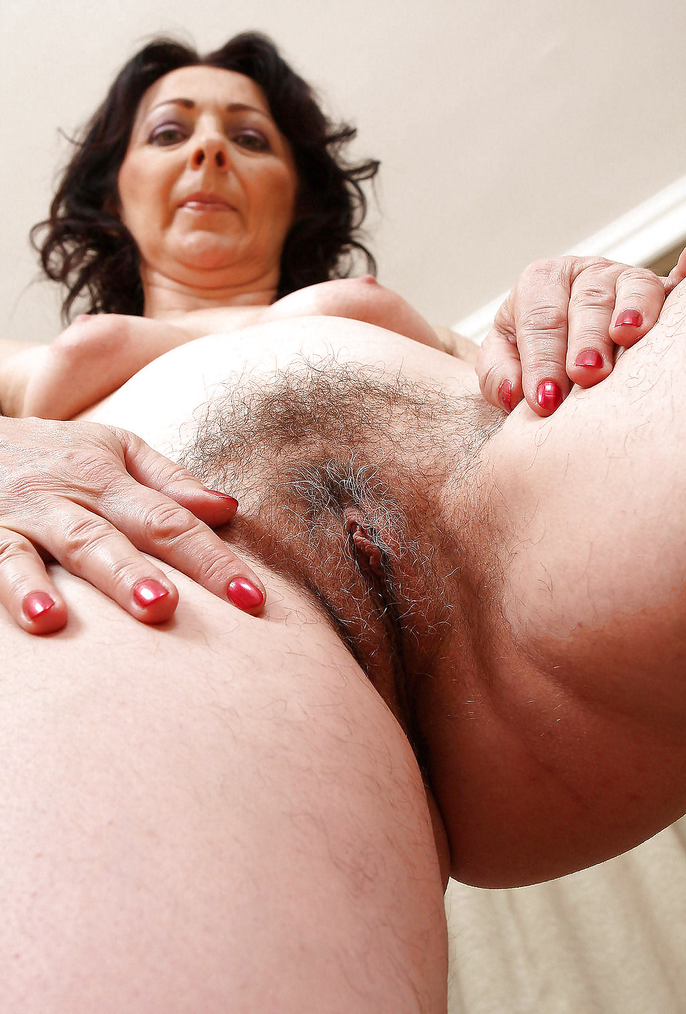 lesbian-sex-free-pictures-of-mature-hairy-twat