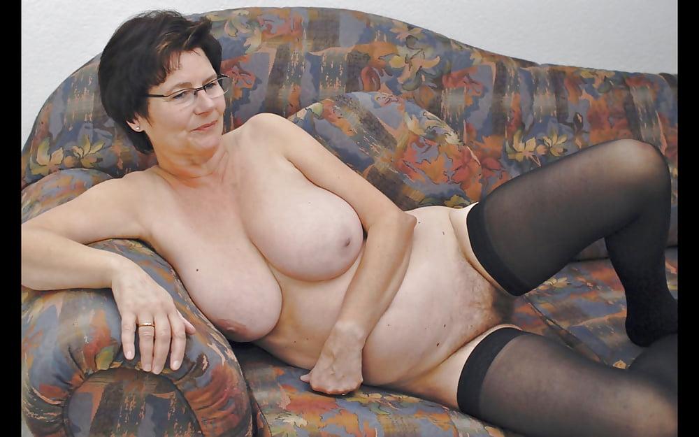 Oma Xhamster