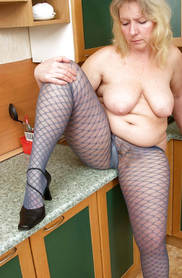 Mature tits mom-4763