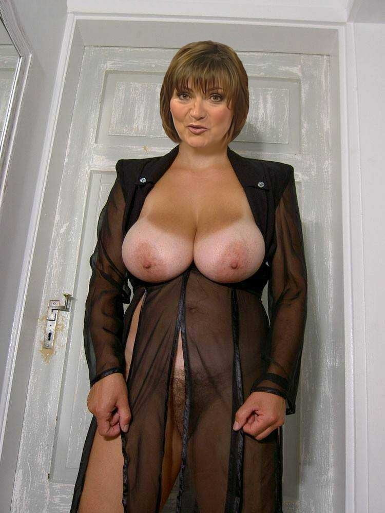 Lorraine kelly nude pictures