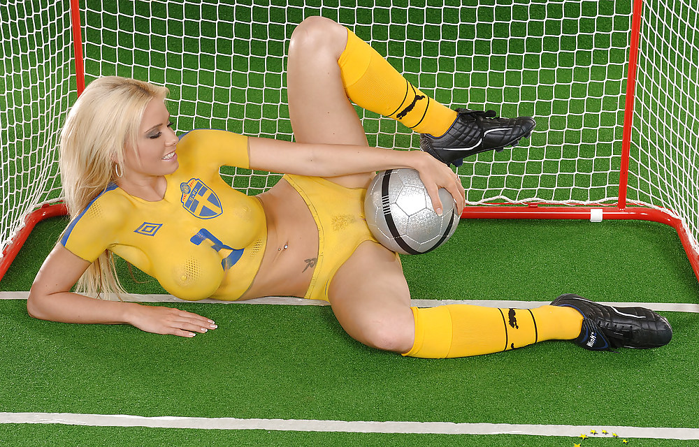 расслабив промежность эротика в спорте онлайн смотреть ленту, вероника