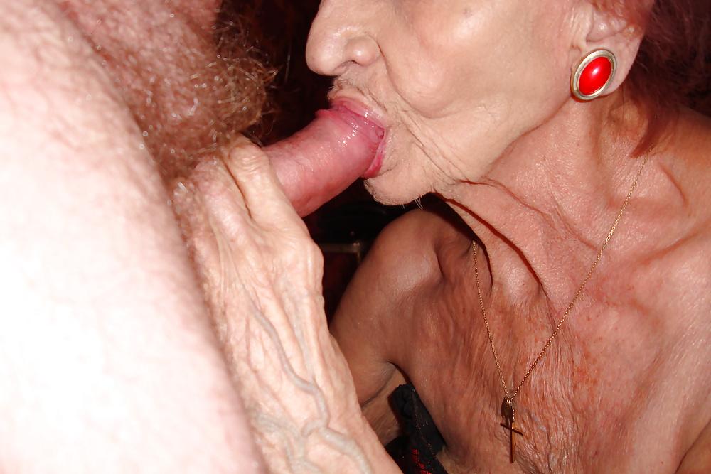 Granny sucking pics
