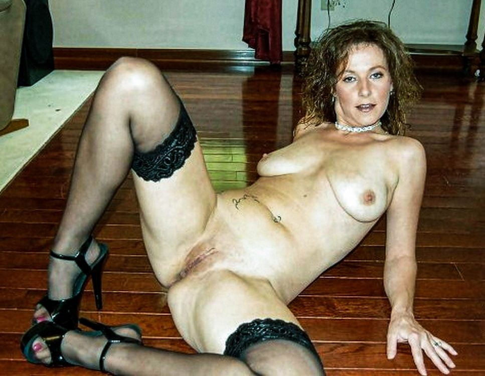 Nude horny housewives