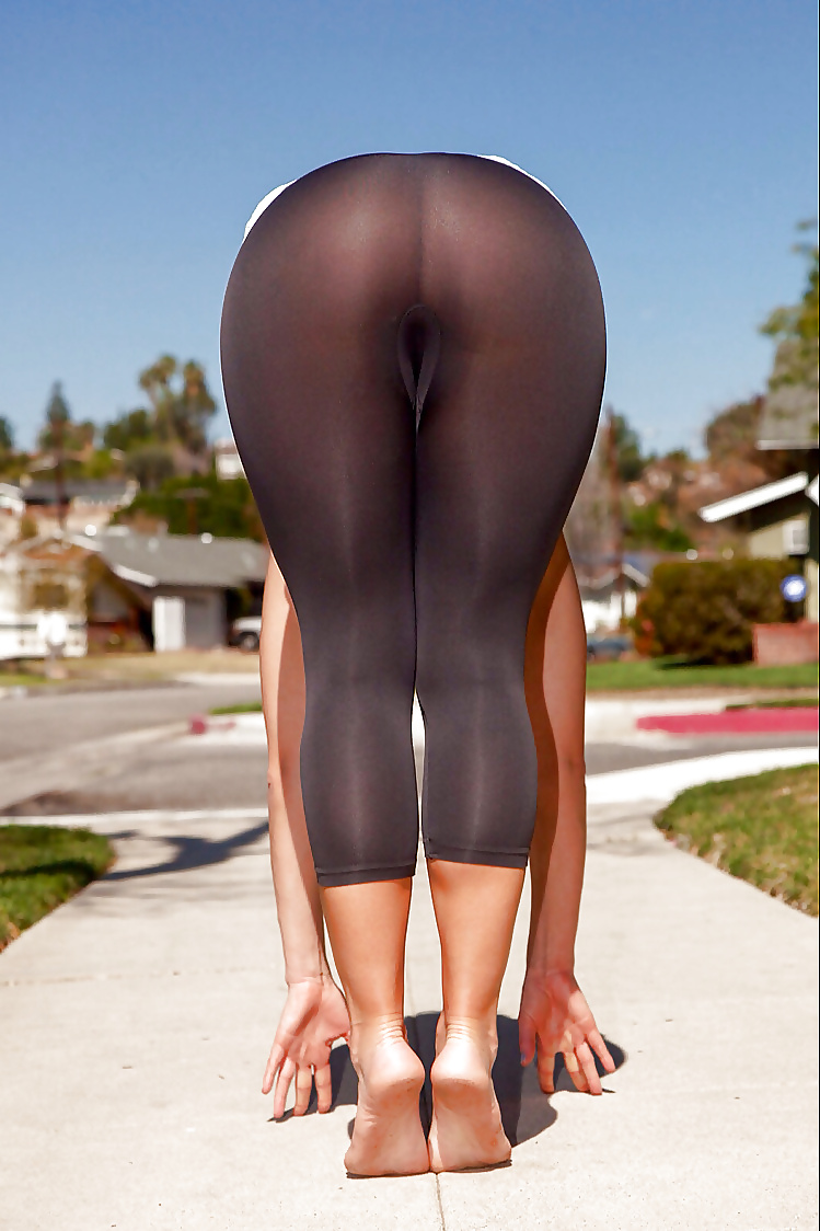 Girls in leggings and tights