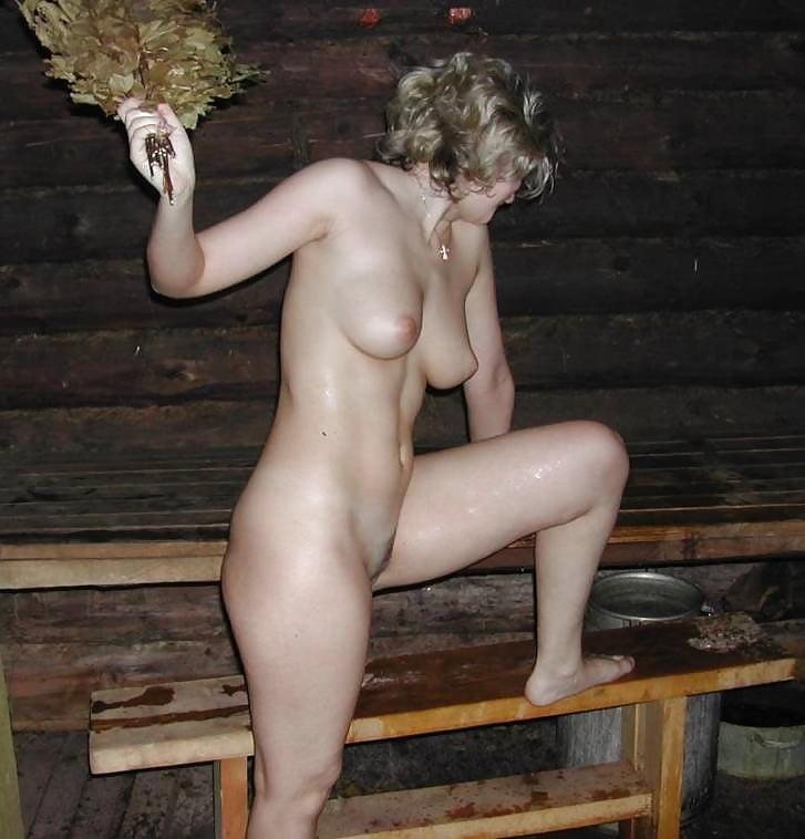 Подсмотренное в женской бане порно онлайн, смотреть порно хохлушек и негров