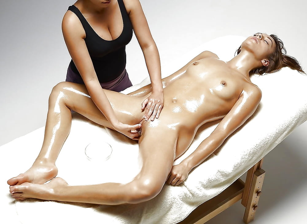 Melbourne nude hand relief massage #12