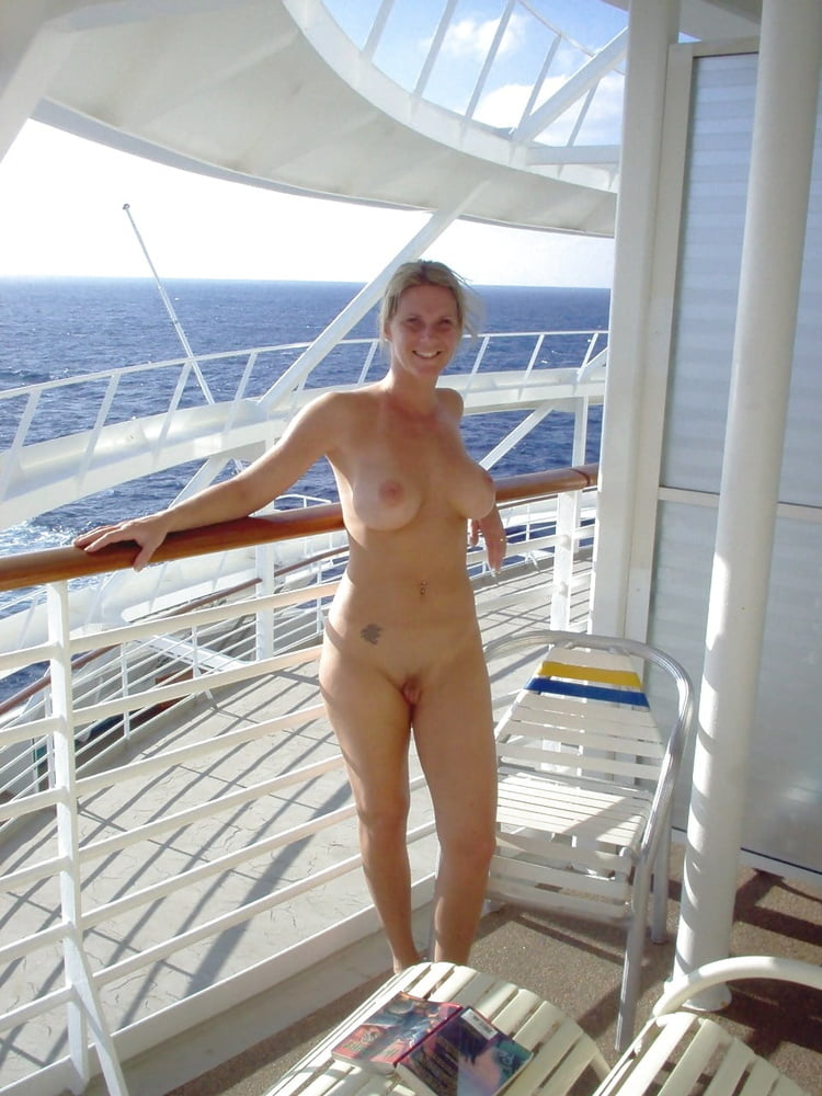 Blue nude went on a naked cruise twins nude