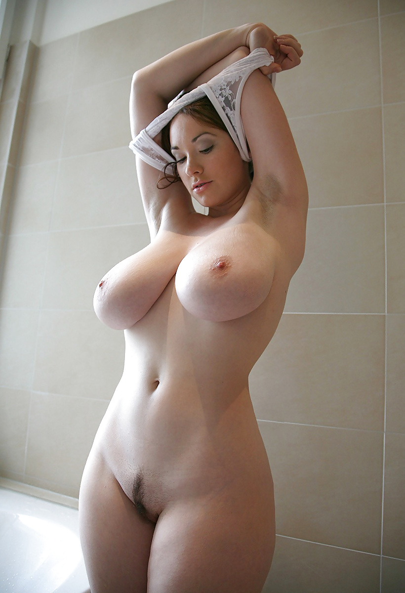 Beautiful thick naked woman tiny boobs nude