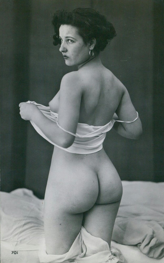 vintage-nude-women-butts-porn-topless