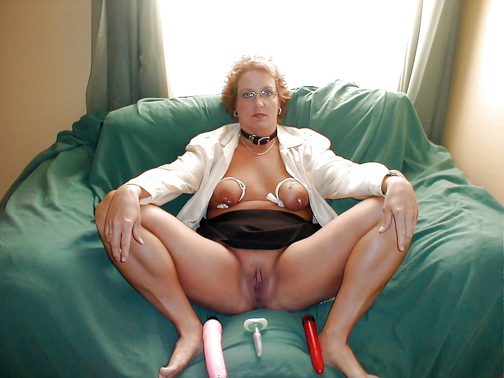 Mature Woman, Christina Sapphire Likes To Spread Her Legs And Stimulate Her Pussy With A Vibrator
