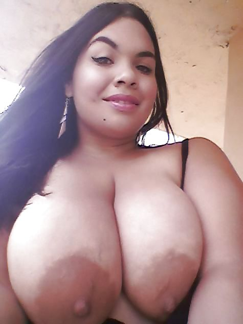 Huge Boobs Compilation - 16 Pics - Xhamstercom-5954