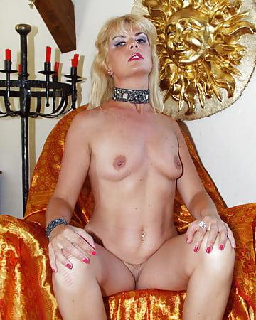 Blonde swinger - 26 - Coco la Perra