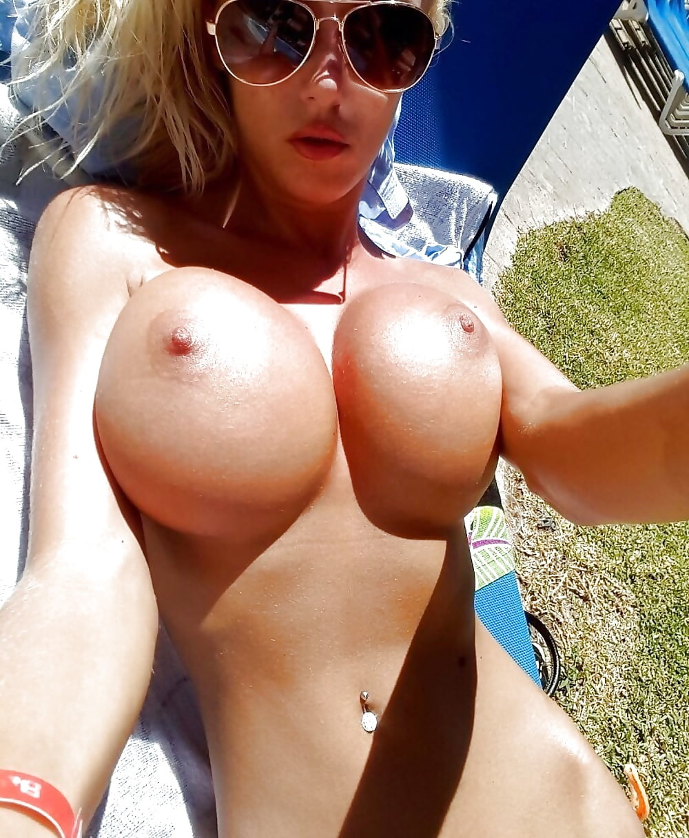 hot-young-topless-blonde-fake-boobs-a-older-men-fucking-hard-a-younger-women