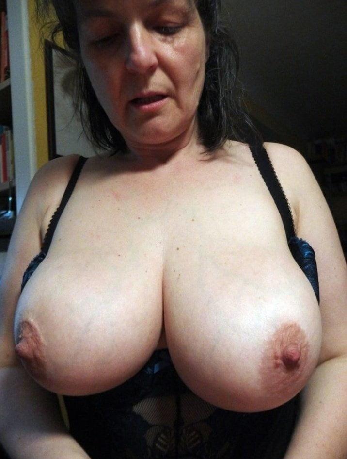 Mature Ilona Pictures Search