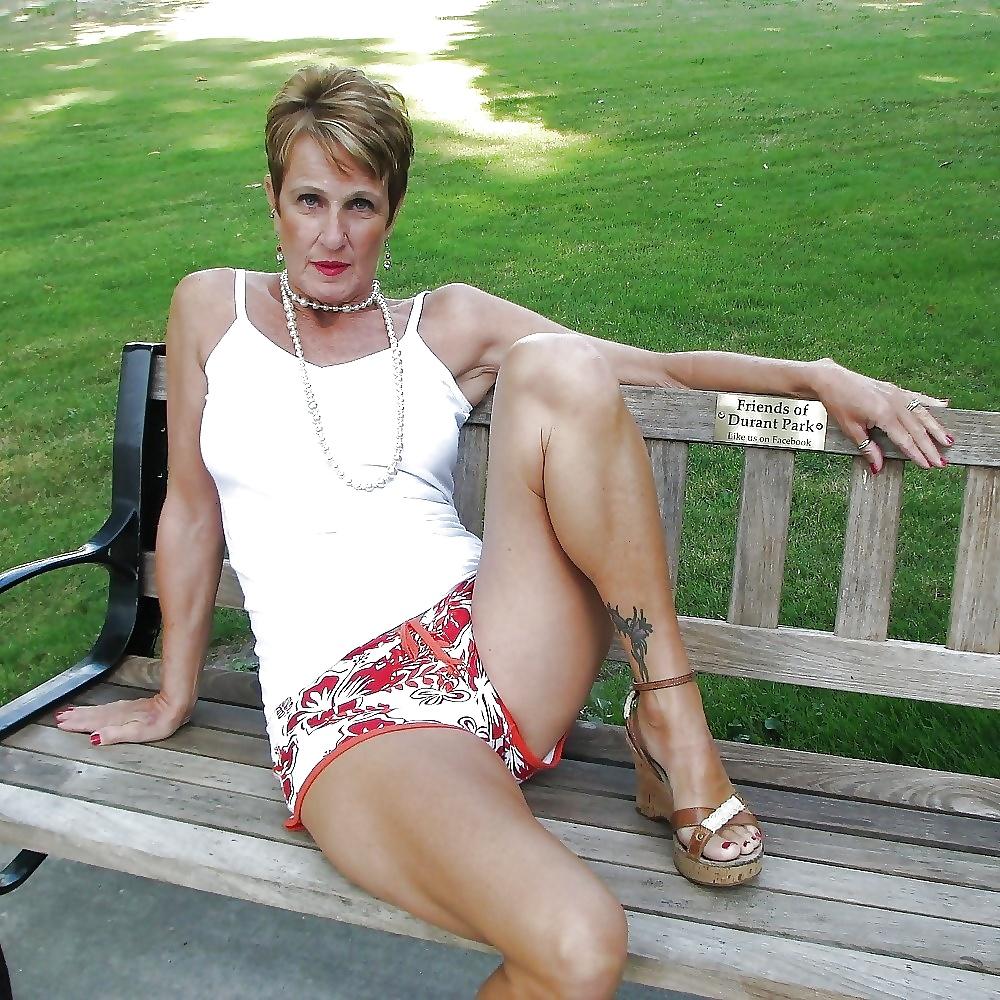 Granny , Maturenana Looking Sexy, Non Nude 6 - 21 Pics -1034