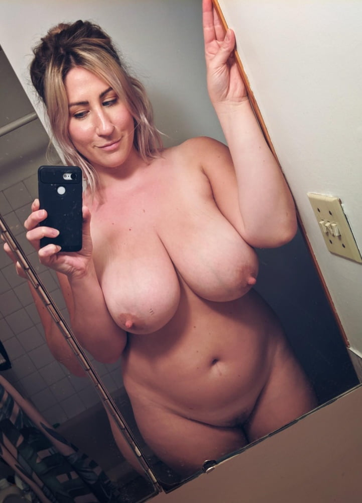 Busty Blonde Pawg - 21 Pics  Xhamster-5657