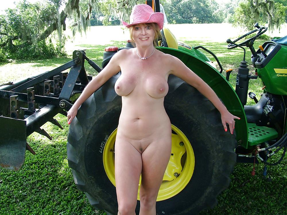 Pics Of Nude Farm Wemon