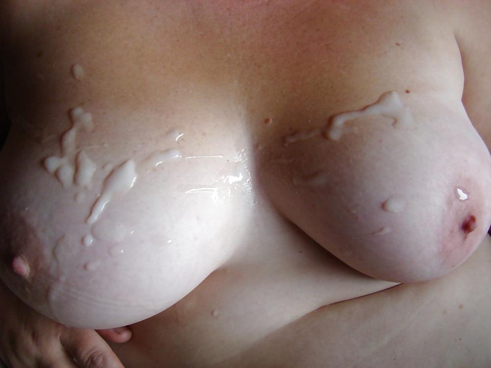 фото накончали на соски доставляет удовольствие самцу