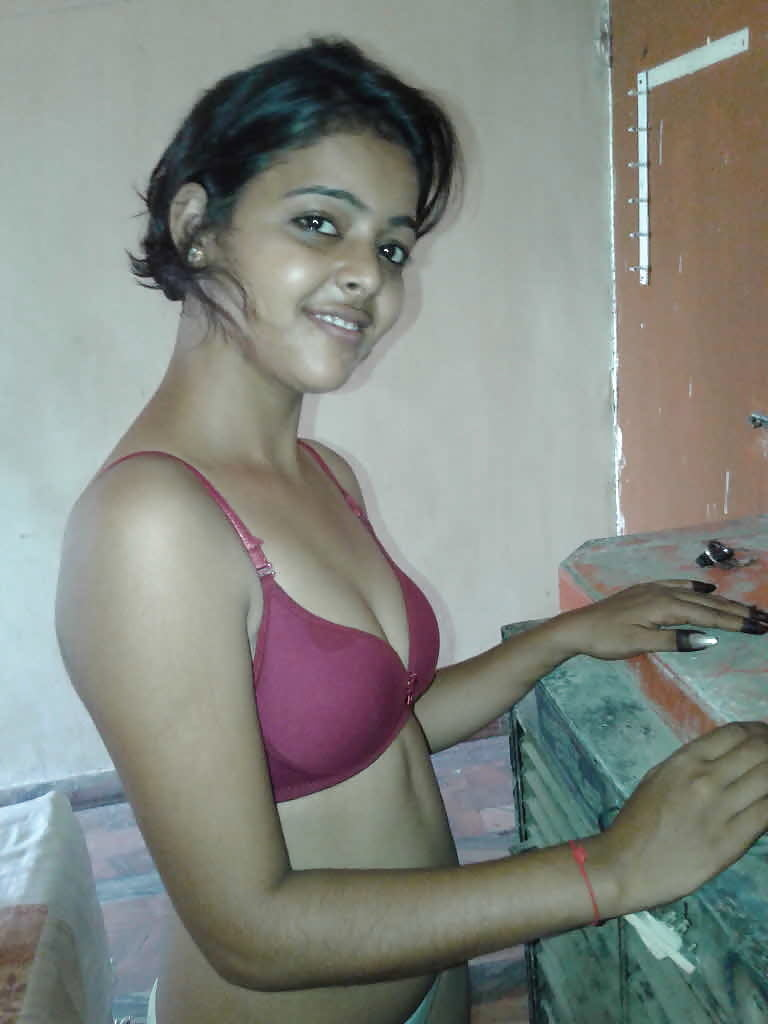 cute-nude-tamil-girl-hot-indian-spicy
