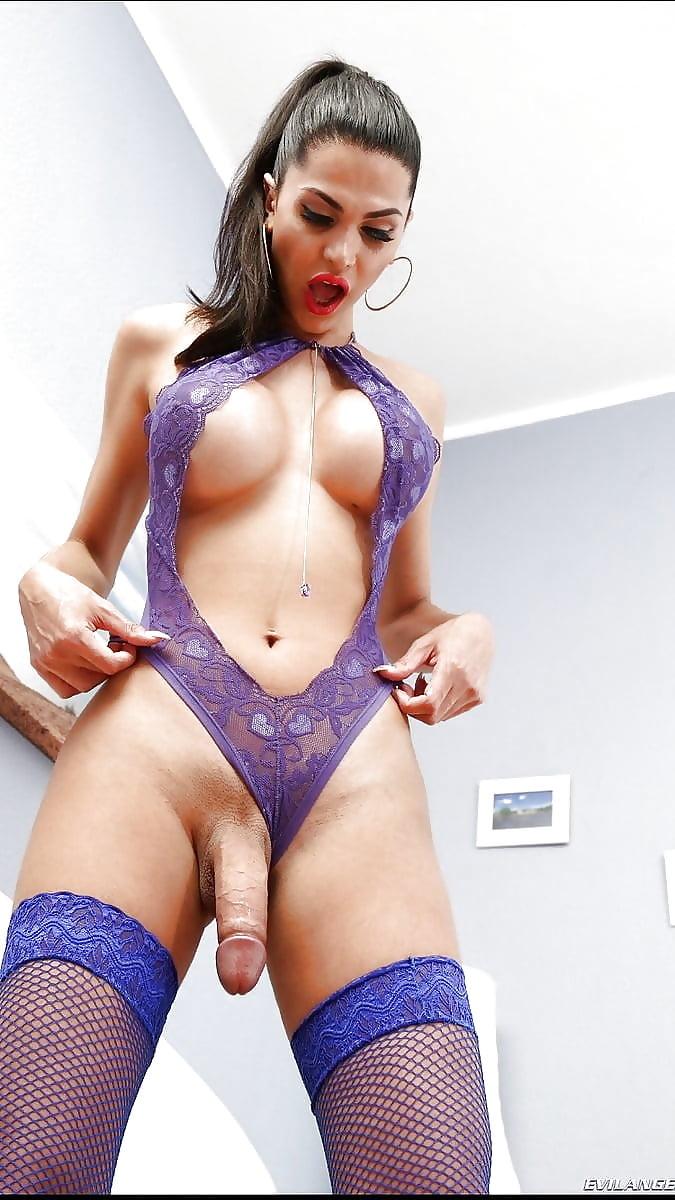 porno-nizhnee-bele-fioletovoe