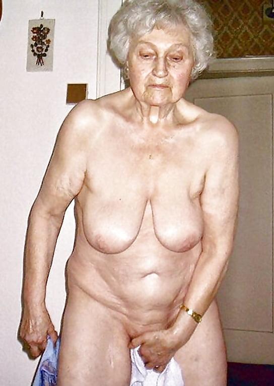 Bengali granny nude — pic 4