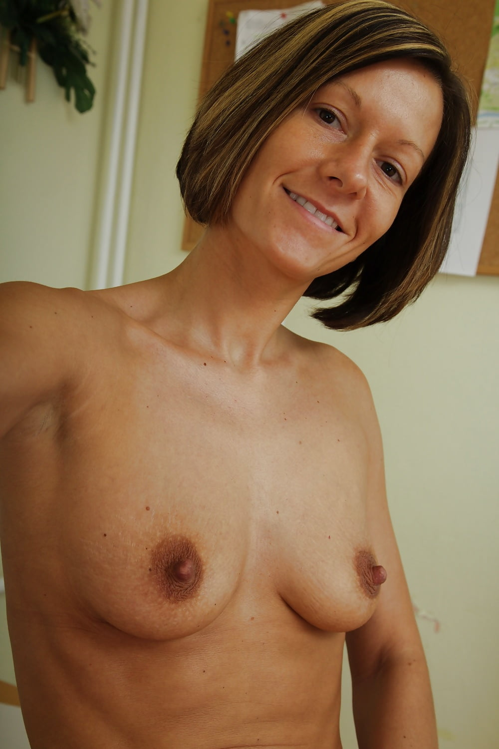 milf-flat-breasts