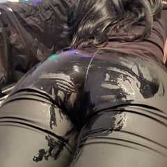 Shiny Cum On Ass In Matte Leather Leggings