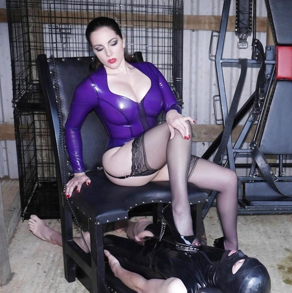 Strapon loving femdom fetish hottie-6303