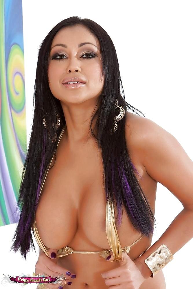 Priya artist nude