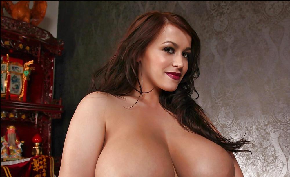 Retro big tits porn pics