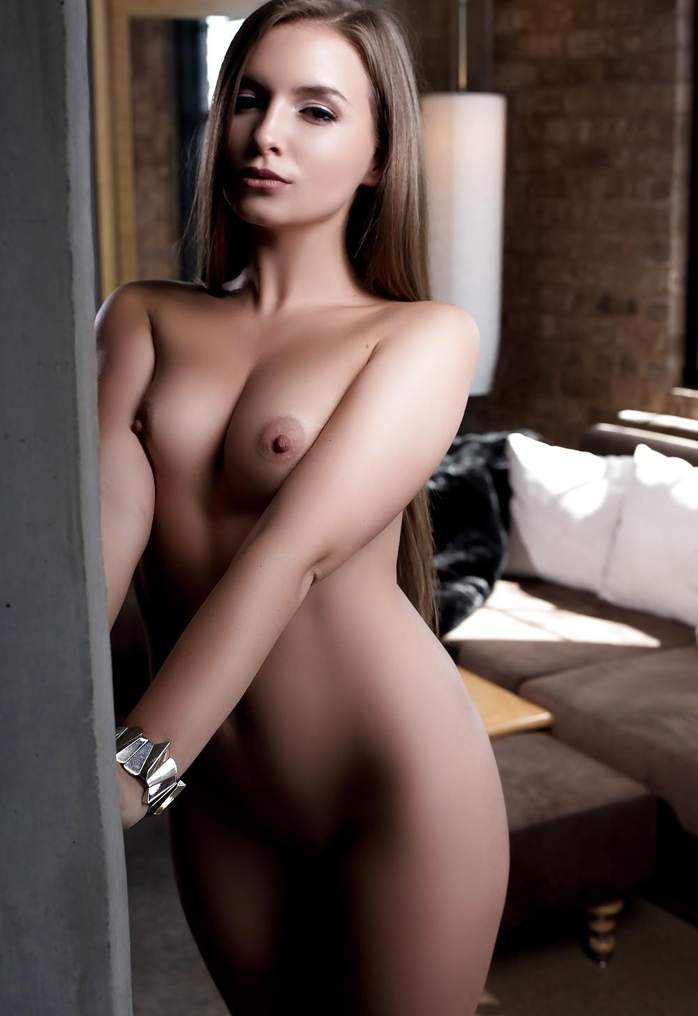 Mandy Moore Naked Celebrity