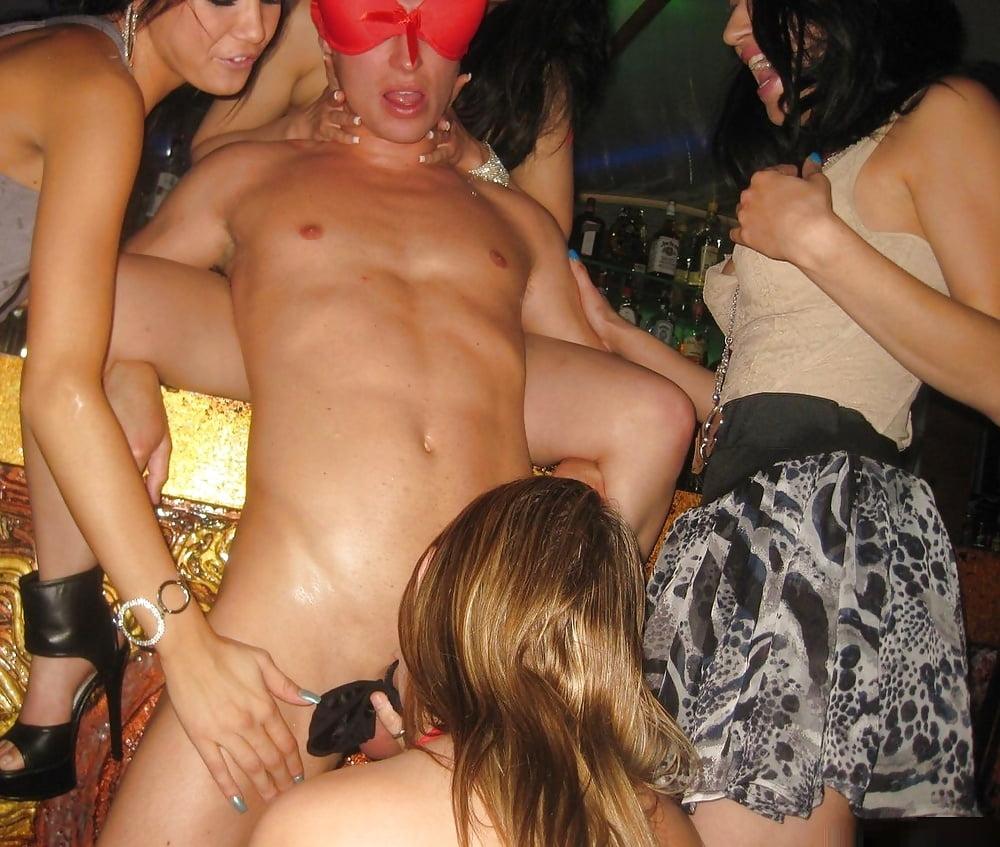 Порно после клуба вместе с другом, любящие пососать форум