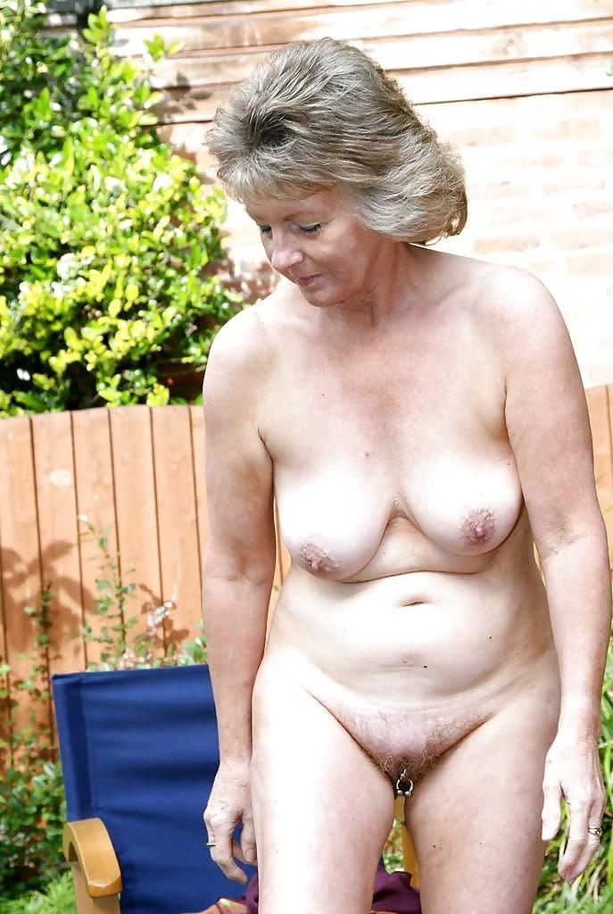 Hot Naked Pics Deep up her tight panties cock